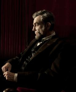 Lincoln assis (Daniel Day-Lewis)